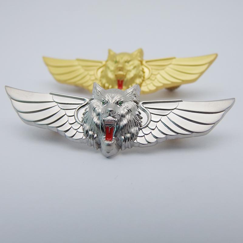 3D立体狼头制服胸章